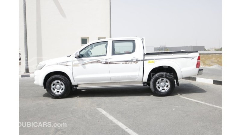 Big with watermark toyota hilux atl%c3%a1ntida import dubai 3804