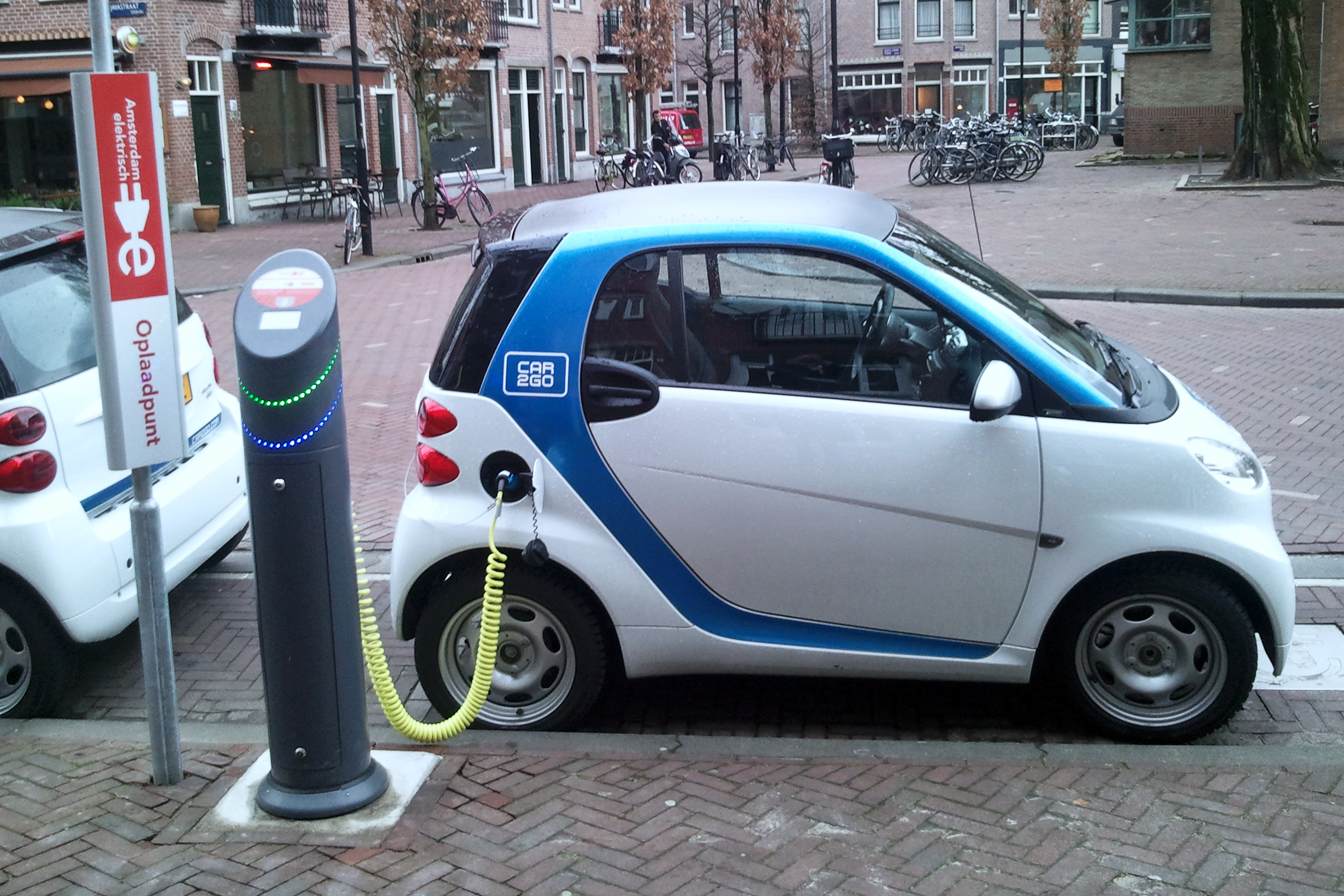 Electric car charging amsterdam 2