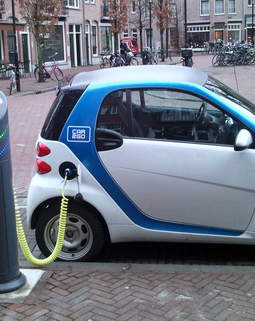 Thumb electric car charging amsterdam 2